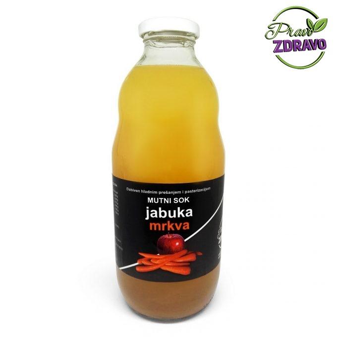 Staklena boca od 1l u kojem se nalazi sok od jabuke i mrkve